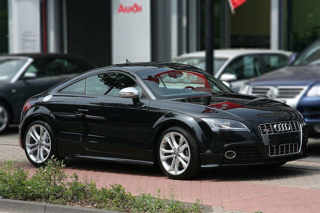 1200px-Audi_TTS_Bj._2008_2008-05-29-1024x682