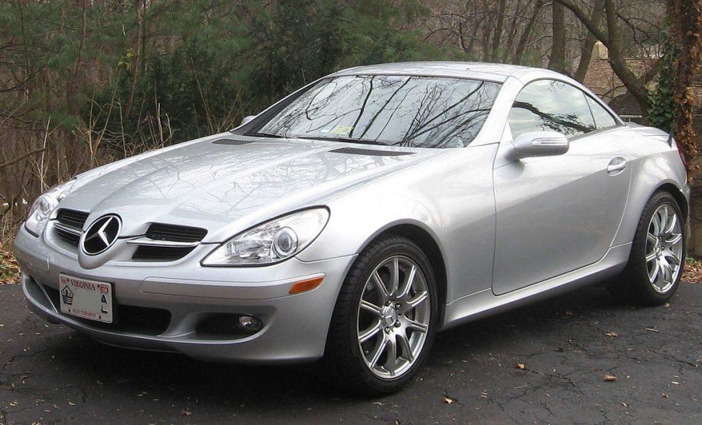 1200px-Mercedes-Benz_SLK_R171-1024x620
