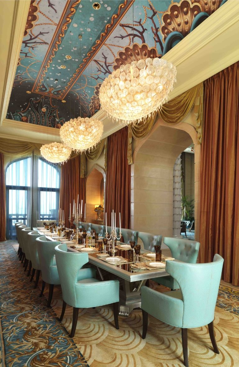 atlantis-the-palm-royal-bridge-suite-dining-1488466053
