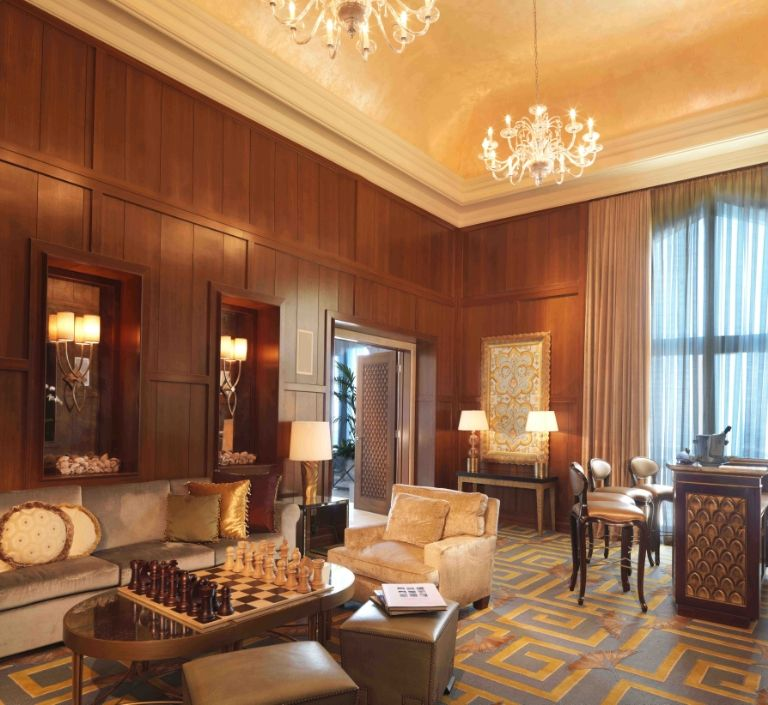 atlantis-the-palm-royal-bridge-suite-study-room-1488466003